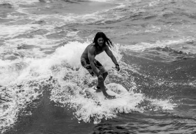 BONDI SURFER-1